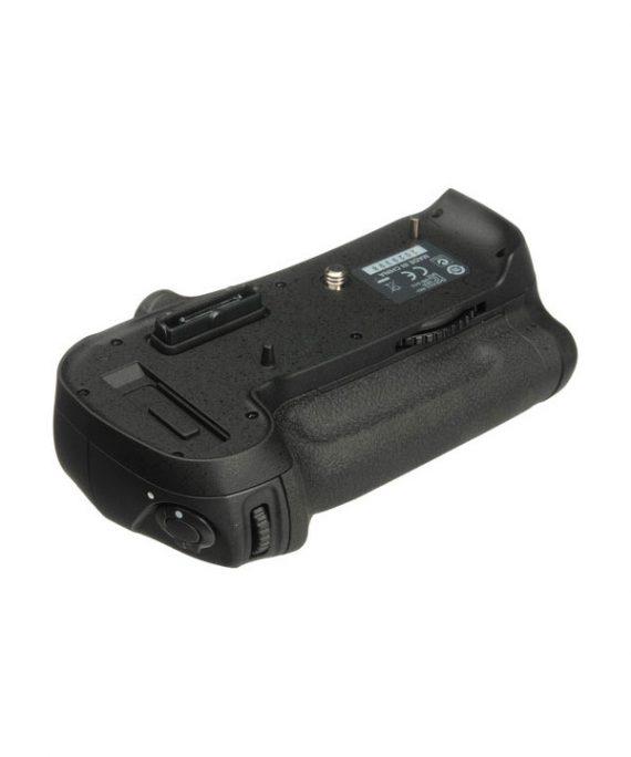 گریپ باتری نیکون MB-D12