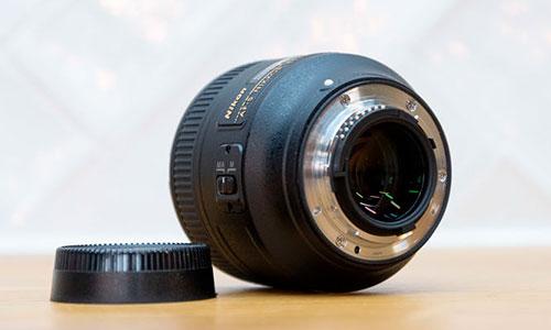لنز Nikon 85 f/1.8G