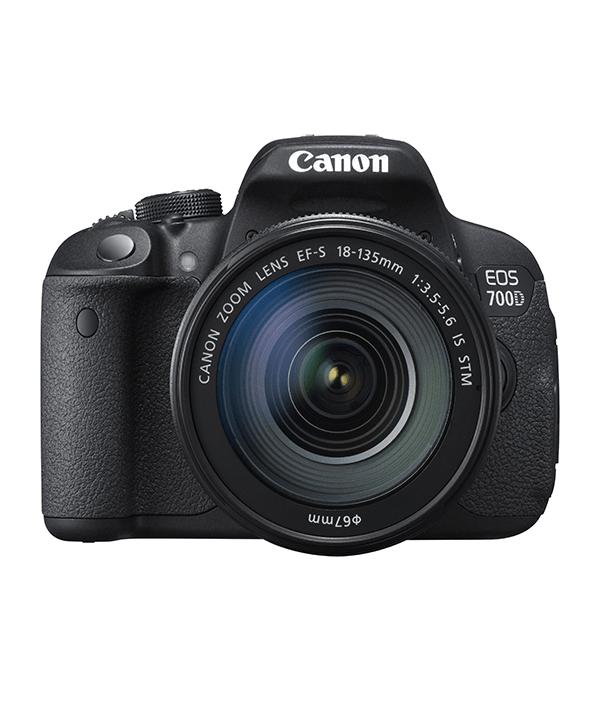 دوربین کانن 700D با لنز 18-135