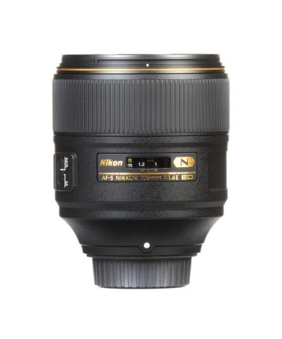 لنز Nikon 105 f/1.4E ED