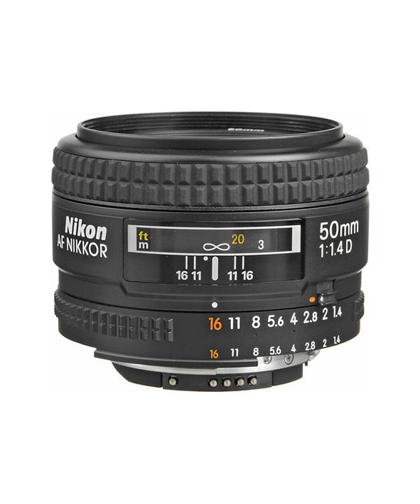 لنز Nikon 50 f/1.4D