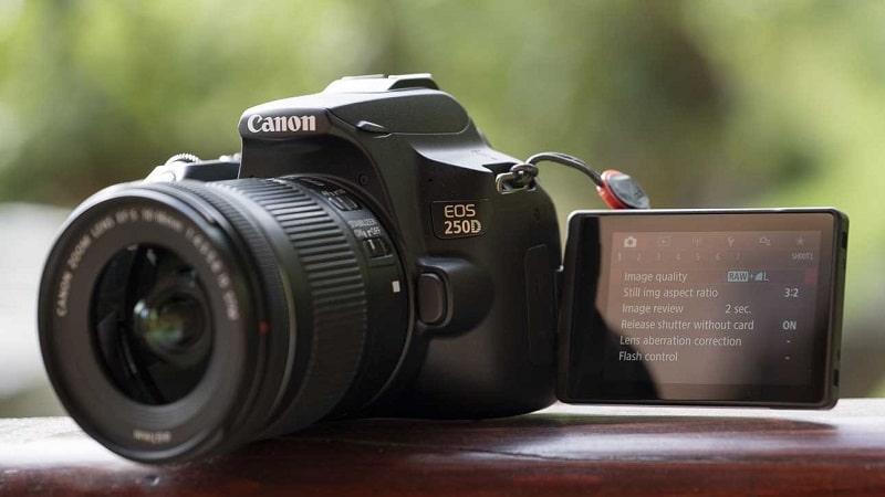 این تصویر دارای صفت خالی alt است؛ نام پروندهٔ آن Canon_250D_p1012927-min.jpg است